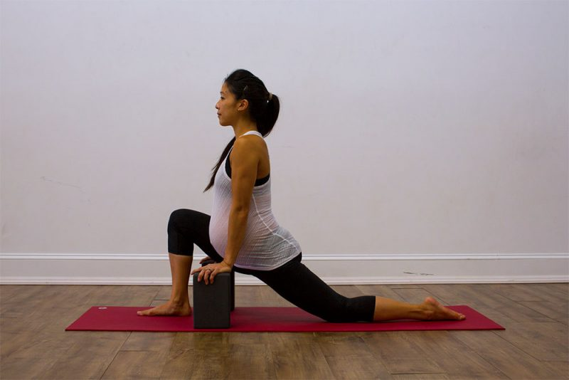 Parivrtta Sanchalasana — Low-Lunge Twist Pose
